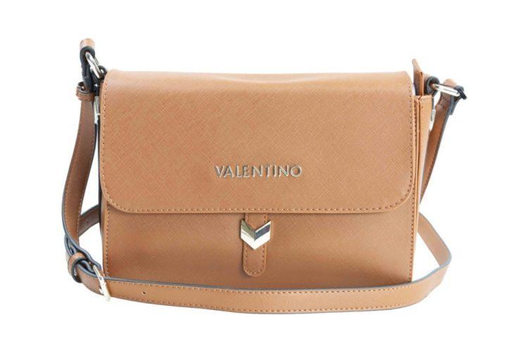 Nuevos bolsos de Valentino disponibles en tienda online